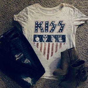 Lucky brand Kiss T-Shirt size small